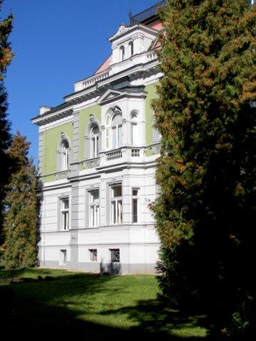 budova2.jpg